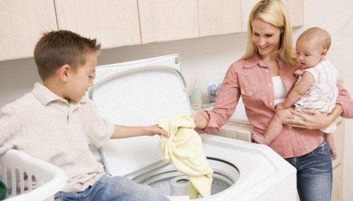 Nên chọn máy giặt cửa trên hay cửa trước