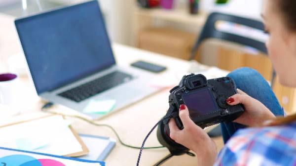 Chụp lại các thiết bị có giá trị trong nhà để dễ dàng kiểm kê sau bão