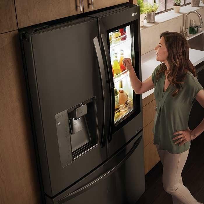 Nhằm giúp người tiêu dùng tiết kiệm tối đa, năm 2017, LG - hãng điện tử Hàn Quốc đã áp dụng công nghệ Inverter vào 100% các sản phẩm điều hoà, tủ lạnh, máy giặt.