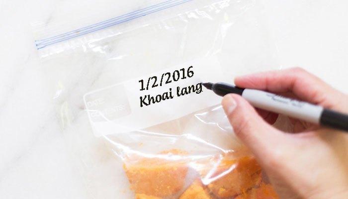 Nhớ ghi chú ngày tháng bỏ thực phẩm trong tủ lạnh nhé!