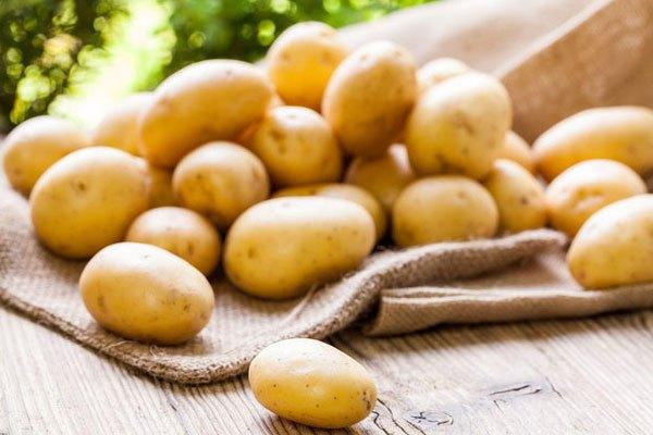 Không nên bỏ khoai tây trong tủ lạnh
