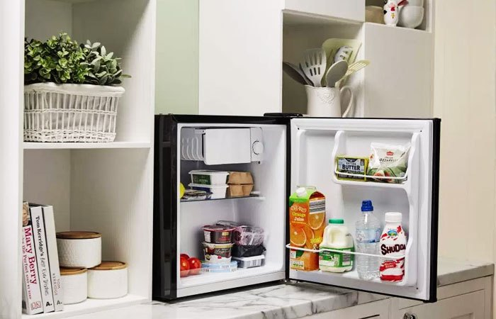 Kiểm tra tủ lạnh mini trước khi mua