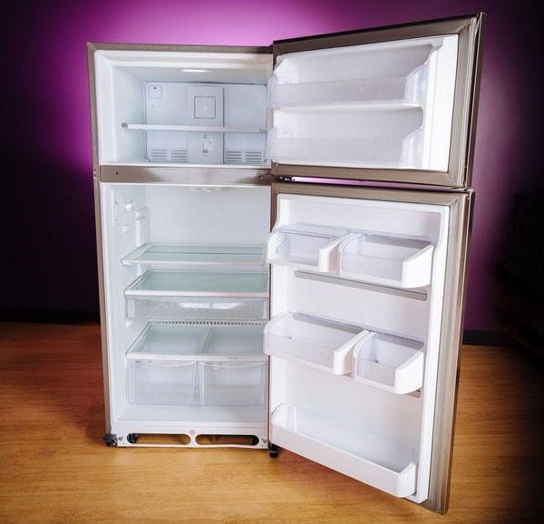Tốt nhất bạn nên đặt tủ lạnh phía trước cao hơn phía sau từ 6 - 13 mm