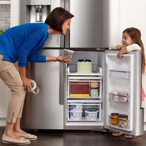Hướng dẫn trẻ sử dụng tủ lạnh ngăn nắp