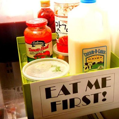 Ghi chú trên những ngăn thực phẩm cần dùng ngay trong tủ lạnh