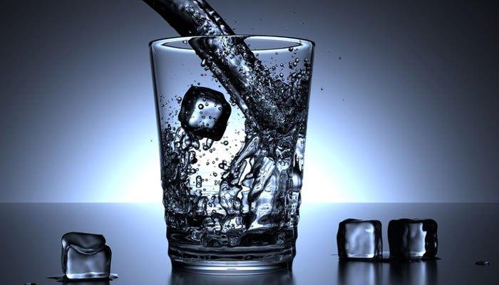 Giải khát nhanh chóng với khả năng làm lạnh nhanh của tủ lạnh Aqua
