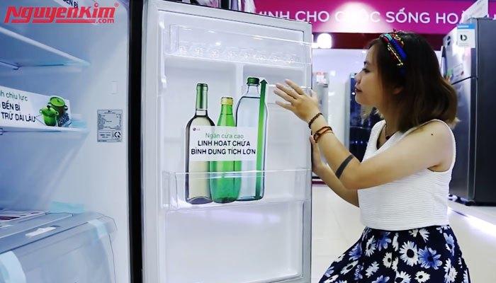 Tủ lạnh có các ngăn chứa linh hoạt