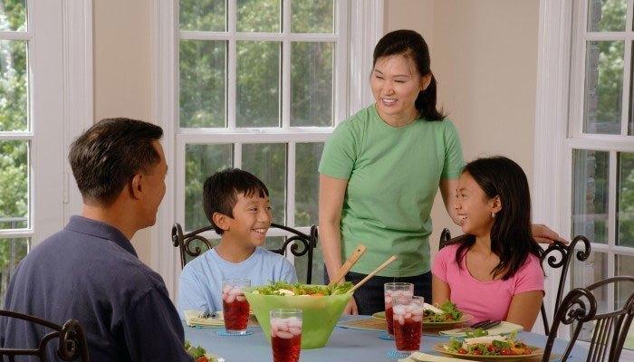 Bạn hãy lưu trữ thực phẩm của cà tuần vào tủ lạnh