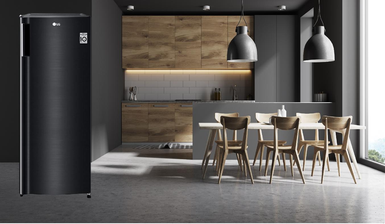 Tủ đông LG Inverter 165 Lít GN-F304WB - Thiết kế tủ đứng nhỏ gọn, dễ dàng đặt những nơi nhỏ hẹp