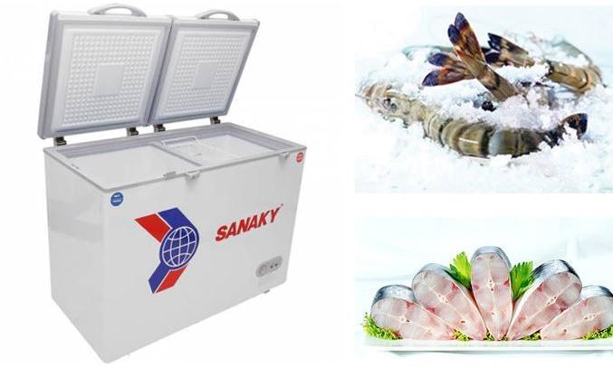 Tủ đông Sanaky VH-365W2 dung tích thực 260 lít có 4 bánh xe dễ di chuyển