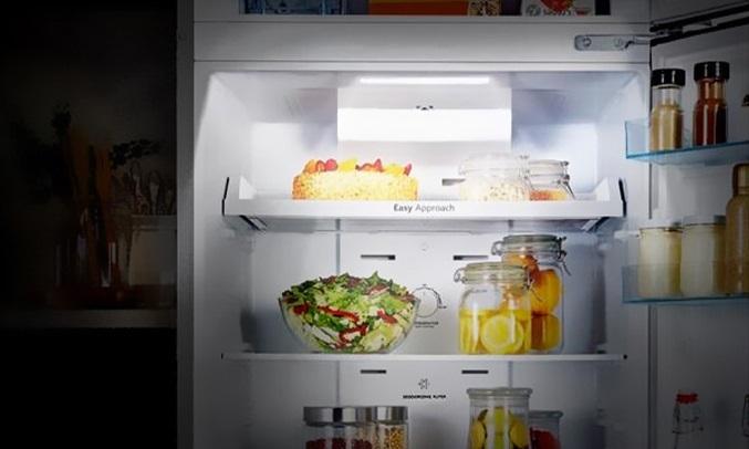Tủ lạnh Casper Inverter 218 lít RT-230PB - Hệ thống đèn LED