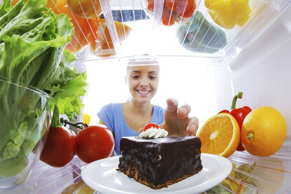 Thức ăn sẽ tươi hơn nếu bạn chọn  chế độ làm lạnh phù hợp cho tủ lạnh Electrolux