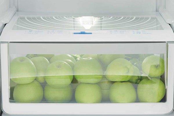 Công nghệ NutriLightTM của tủ lạnh Electrolux giúp tăng cường vitamin cho rau quả