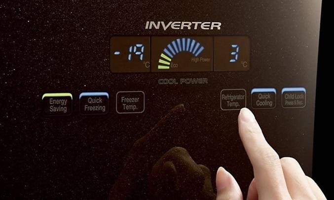 Tủ lạnh Hitachi Inverter 429 lít R-FWB545PGV2 (GBW) - Bảng điều khiển cảm ứng