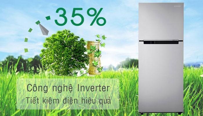 Tủ lạnh Samsung sử dụng máy nén Inverter với 7 tốc độ tùy chỉnh theo nhu cầu làm mát khác nhau giúp tiết kiệm điện năng hiệu quả