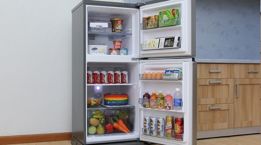 Tủ lạnh Panasonic NR-BA178PSVN 152 lít khuyến mãi hấp dẫn