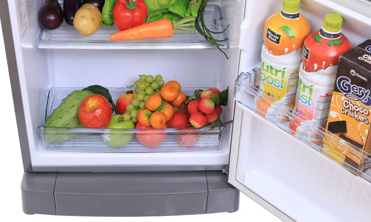 Tủ lạnh Panasonic 135 Lít NR-BJ158SSV1 ngăn rau quả riêng biệt dùy trì độ ẩm tốt