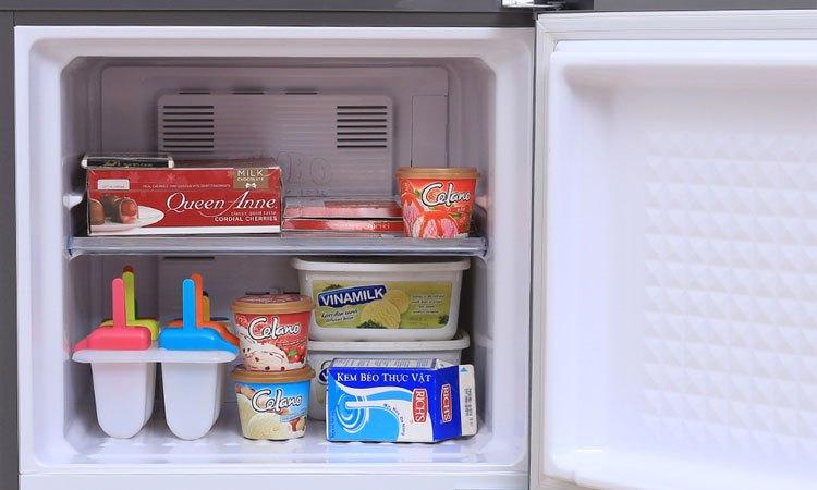Tủ lạnh Panasonic 135 Lít NR-BJ158SSV1 hoạt động êm ái