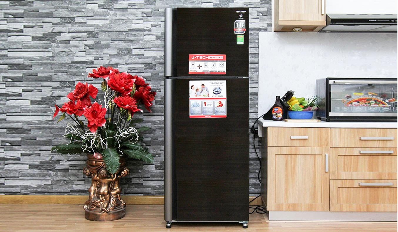 Tủ lạnh Sharp SJ-XP400PG-BK mặt kính sáng bóng sang trọng