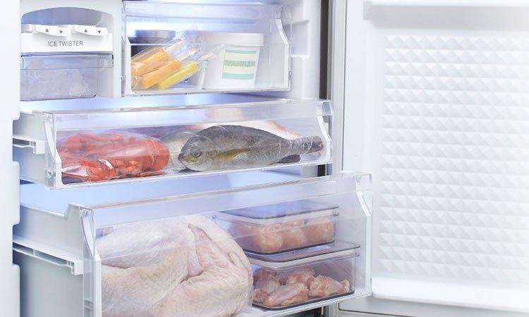 Tủ lạnh PANASONIC 363 lít NR-BX418VSVN thiết kế ba ngăn đông riêng biệt
