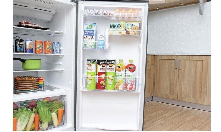 Tủ lạnh Toshiba Inverter 186 lít GR-M25VBZ(S) khay kính chịu lực bền bỉ