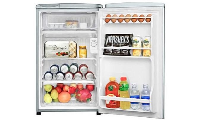 Tủ lạnh Aqua AQR-95AR (SS) bố trí gọn gàng