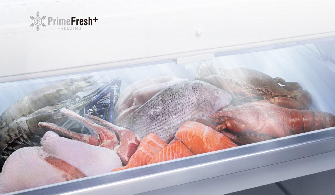 Tủ lạnh Panasonic Inverter 290 lít NR-BV320WSVN - Ngăn đông mềm Prime Fresh