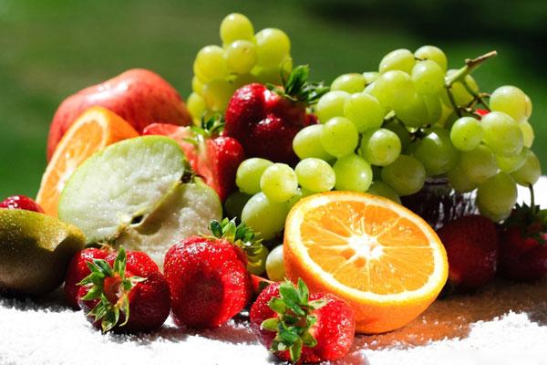Trái cây chất lượng ngay từ khâu chọn lựa sẽ giúp bảo quản trong tủ lạnh được lâu hơn