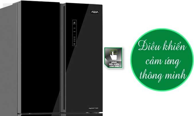 Tủ lạnh Aqua AQR-IG525AM 456 lít đen có thiết kế bảng điều khiển cảm ứng