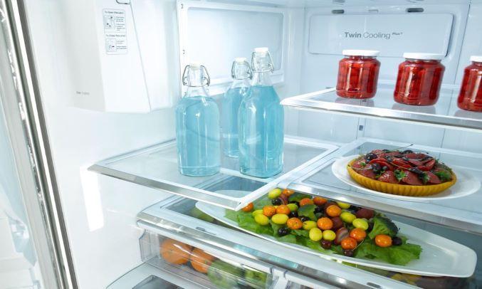 Tủ lạnh Toshiba GR-AG36VUBZ (XK1) - Khay kính chịu lực