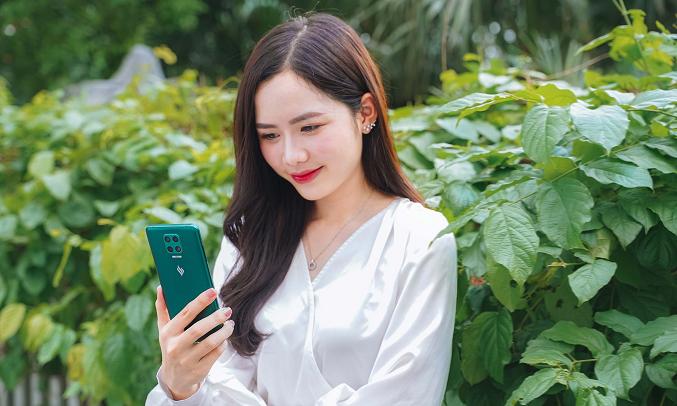 Điện thoại Vsmart Aris (6GB/64GB) Lục cực quang - Bảo mật an toàn với 2 tính năng