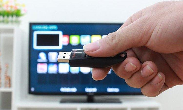 Smart Tivi 4K Samsung 65 inch kết nối các thiết bị khác 1 cách nhanh chóng