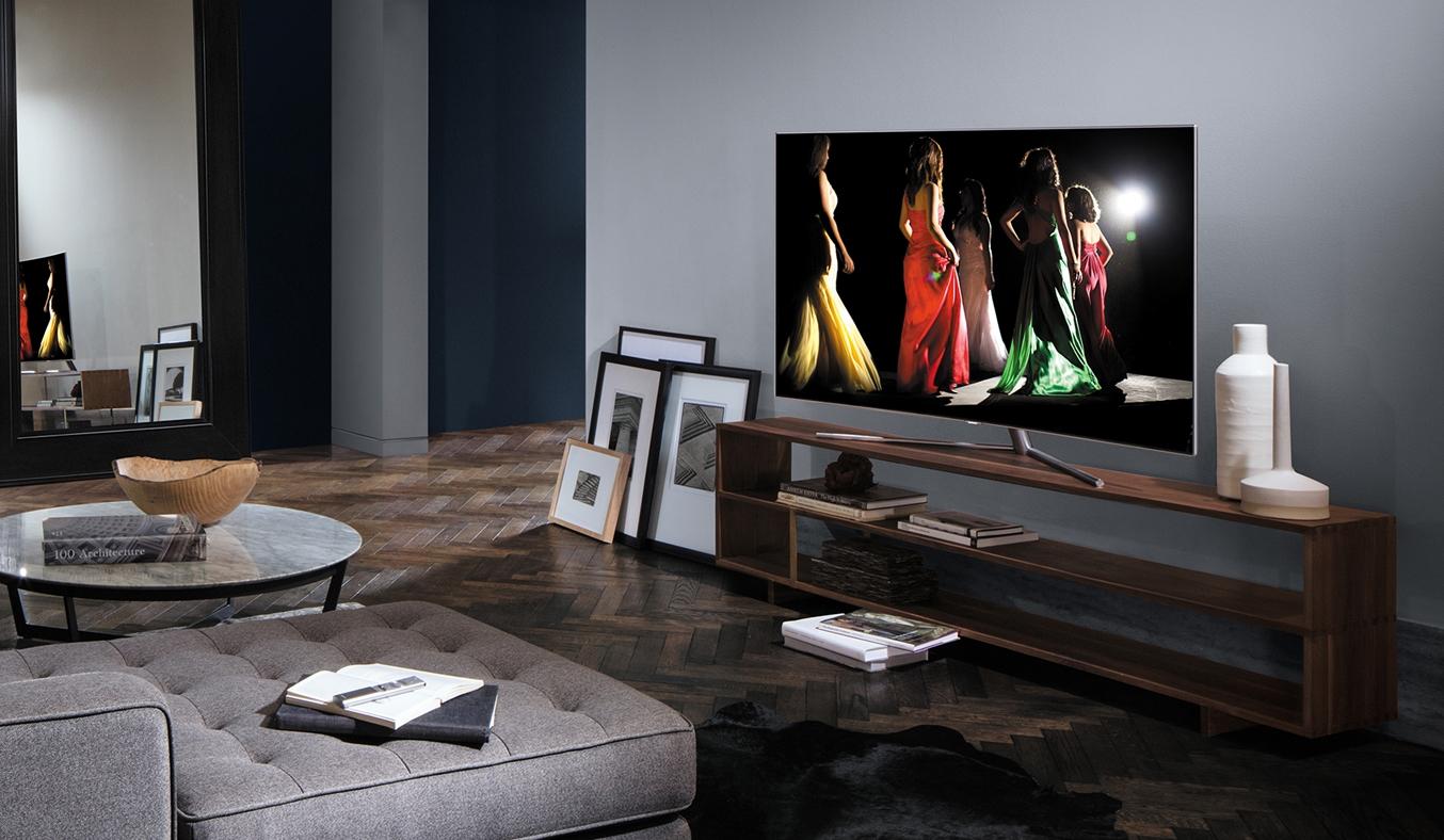 Tivi Led Samsung QA55Q7FAMKXXV màn hình HD cực nét đẹp mọi góc nhìn
