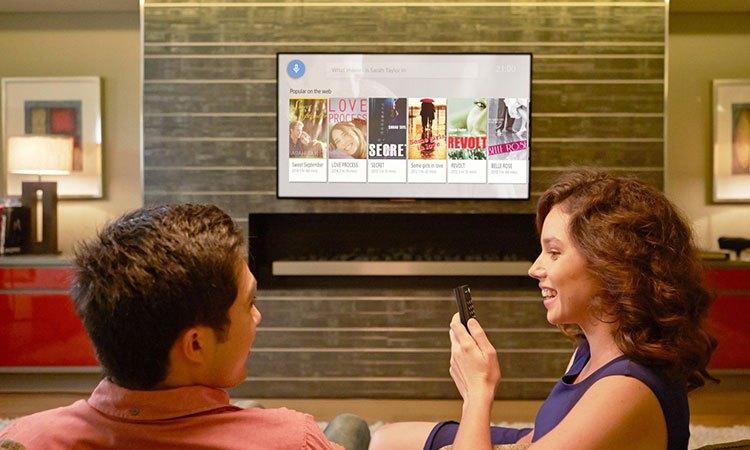 Tìm kiếm nhanh chóng nhờ Voice Search trên Tivi Sony Bravia OLED 55A1