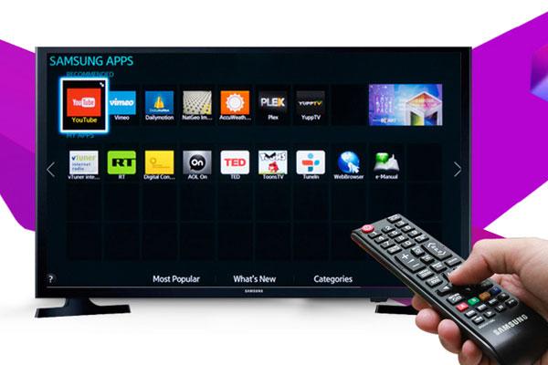 Tuy cũng có khả năng kết nối Internet nhưng hỗ trợ ứng dụng trên Internet tivi có phần hạn chế hơn