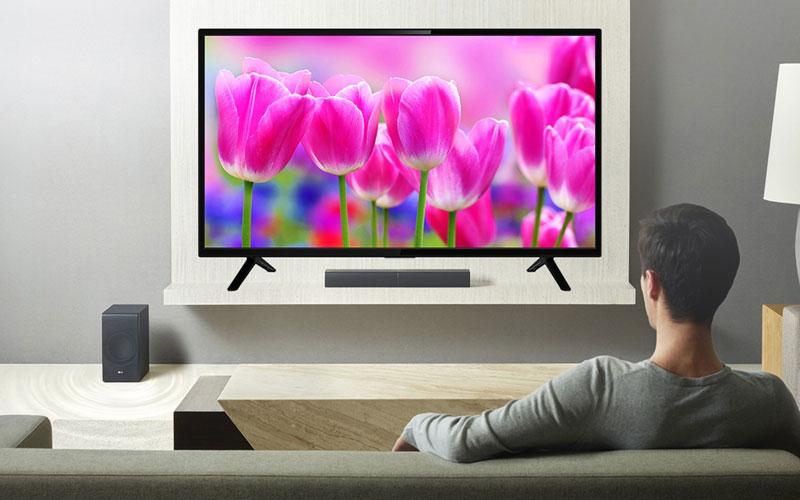 Sở hữu kích thước 43 inch cùng sự mỏng nhẹ, Smart tivi TCL L43S62 giúp tối ưu hóa không gian nhà bạn mang đến sự tinh tế và sang trọng