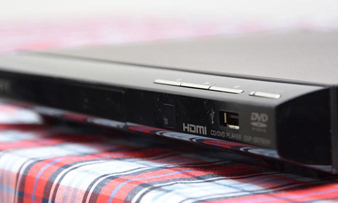 DVD Sony DVP-SR760HPBCSP6 kết nối HDMI