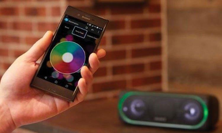 Loa không dây Sony SRS-XB40 điều khiển dễ dàng thông qua điện thoại Sony
