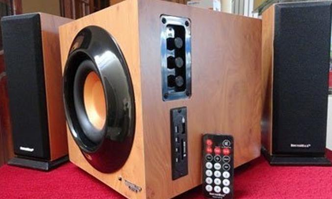 Loa SoundMax A2116/2.1 có remote tiện lợi