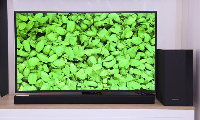 Loa thanh Samsung HW-M360/XV có âm trầm đầy ấn tượng
