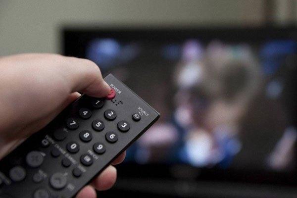 Tuổi thọ bóng đèn tivi sẽ bị giảm nếu bạn tắt mở thiết bị liên tục