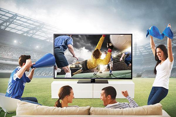 Mang cả sân vận động về nhà bạn chỉ với một chiếc tivi Samsung trang bị Football mode