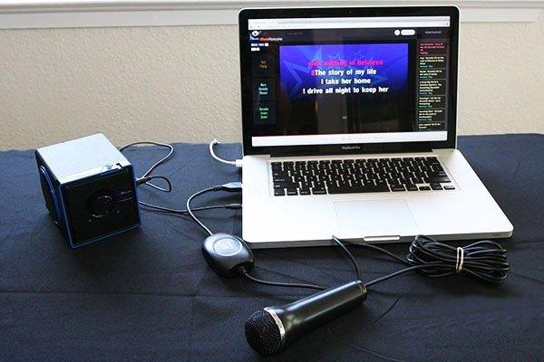 Kết nối dàn Karaoke với laptop giúp thời gian giải trí của bạn sống động và đa dạng hơn