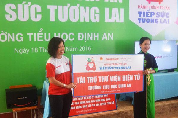 23 Thư viện điện tử đã được Nguyễn Kim hỗ trợ đến các trường học với mong muốn hỗ trợ tối ưu trong công tác giáo dục ở những nơi đây