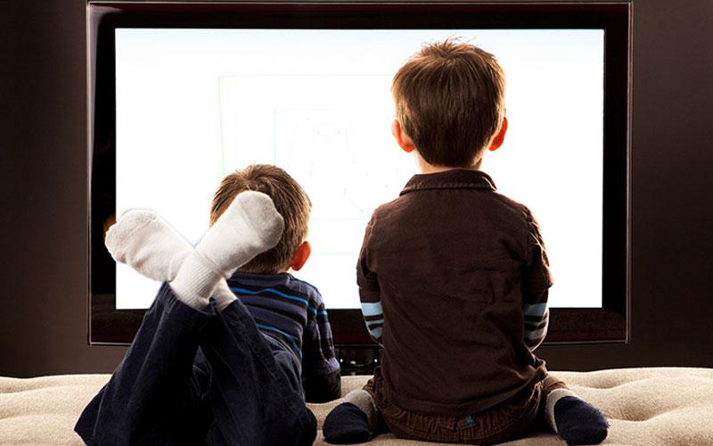 Màn hình tivi quá sáng sẽ gây hại cho thị giác