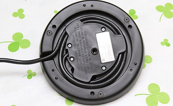 Ấm đun nước Electrolux EEK3505