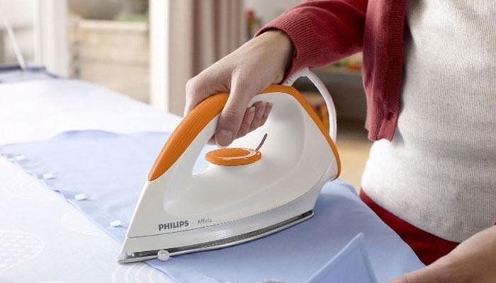 Tùy vào từng loại vải mà bạn cần điều chỉnh nhiệt độ bàn ủi cho phù hợp