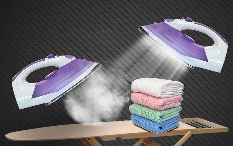 Nên chọn bàn ủi có trang bị nhiều lỗ thoát hơi nước