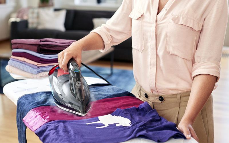 Tùy vào loại vải mà bạn điều chỉnh nhiệt độ khác nhau sao cho phù hợp nhất