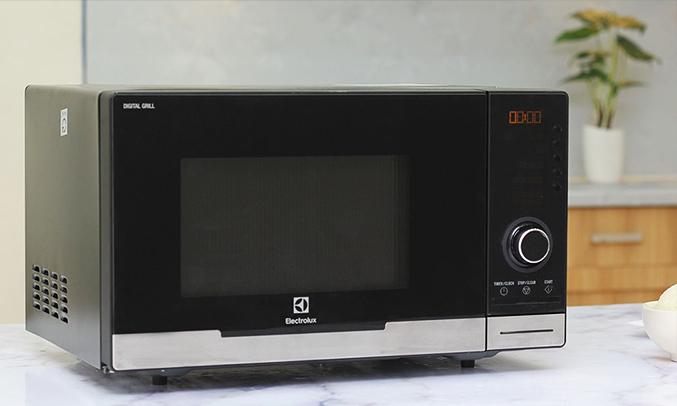 Lò vi sóng Electrolux EMS2348X 23 lít gọn gàng